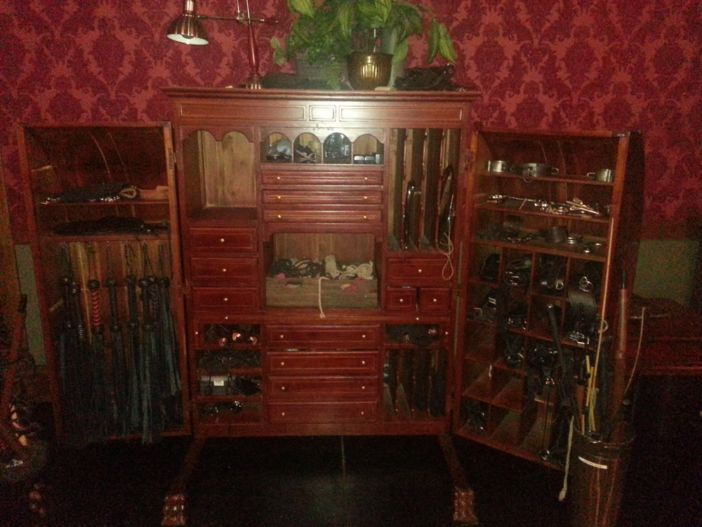 BDSM Sex Toys Cabinet | The Upper Floor | Kink.com BDSM studios tour | San Francisco Armory | Lexi Sylver